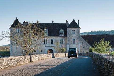 wedding in France Castle in Burgundy