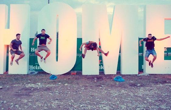 Maxi scritta festival