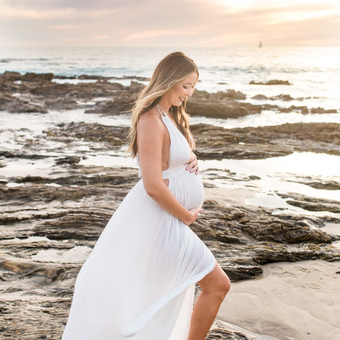 Laguna Beach maternity photography