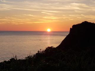 The ジャパン・サンセット!青森県深浦町「ウェスパ椿山」から日本海を望む!