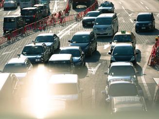冬の渋滞に巻き込まれた時に体に起こる可能性のある症状。 #渋滞時の体調不良 #エコノミークラス症候群 #動脈 #静脈 #血栓 #一酸化炭素中毒 #ストレス #判断力の欠如