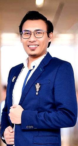 Profile_edited_edited_edited.jpg