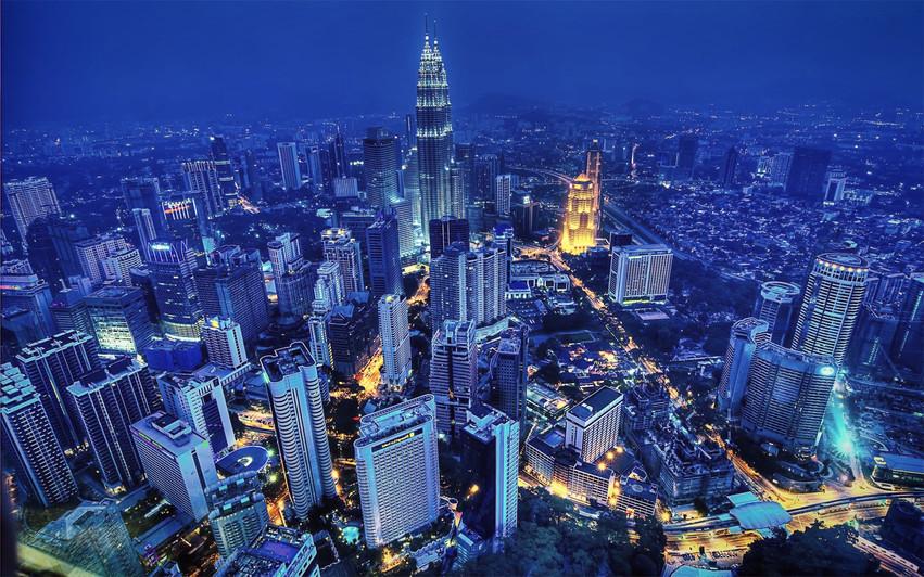 Kuala-Lumpur-Malaysia-Petronas-Towers-ci