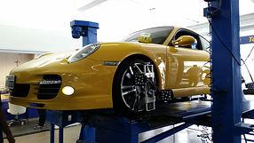 Alinhamento Porsche Pneus&Cia Alphaville