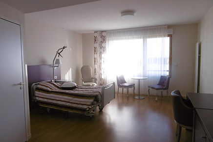 Logement à la Maison de retraite (EHPAD) de St Julien de Concelles. A proximité de Nantes, Thouaré sur Loire, Le Loroux Botterau - loire Atlantique 44