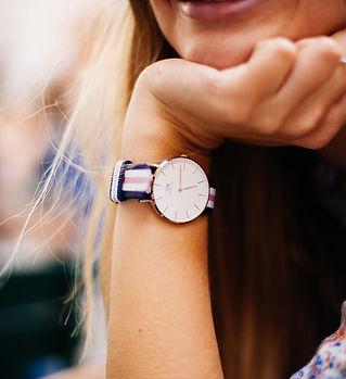 watch-828848_1920.jpg