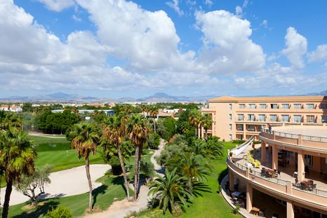 Vista Habitacion triple Hotel Alicante Golf.jpg