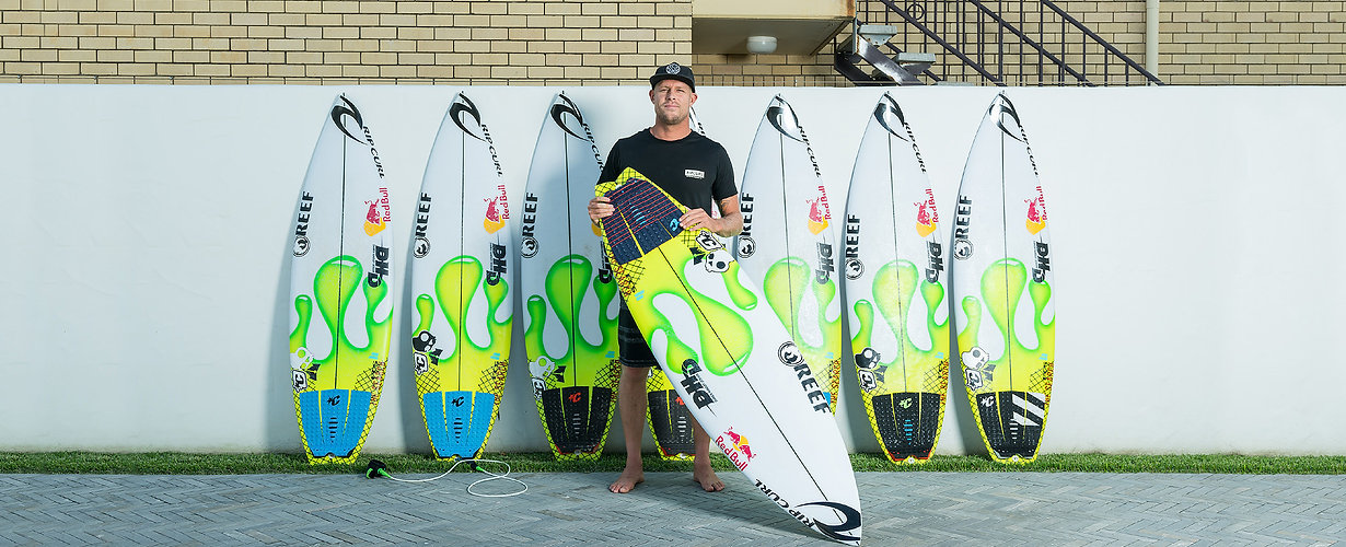 mick-fanning-20-year-anniversary-quiver-