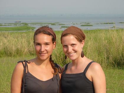 Carolin und Sarah.JPG