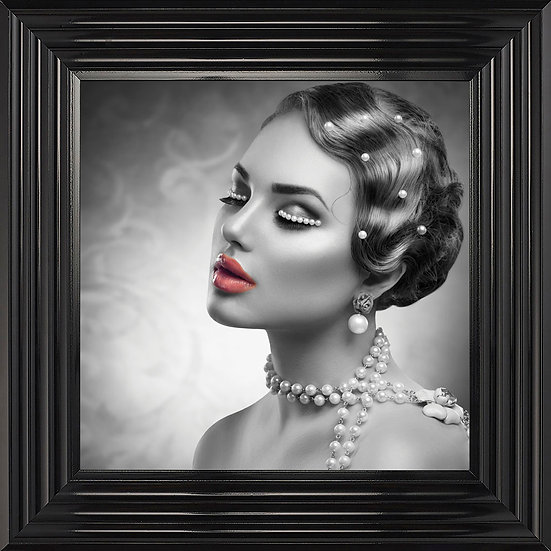 Pearls & Lipstick
