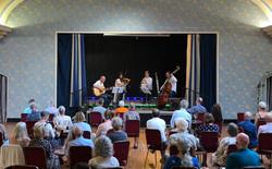 Klezmerish in concert cropped_edited