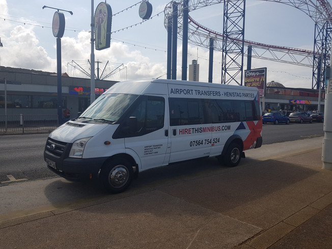 midland minibus hire blackpool