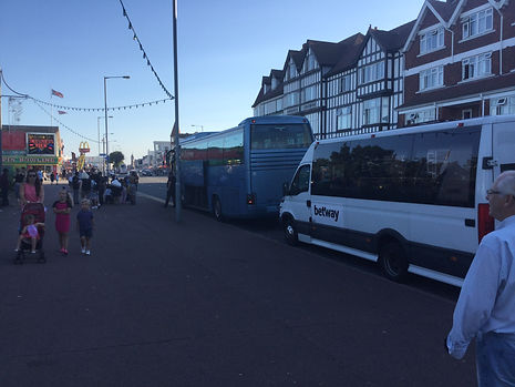 dudley minibus hire to skegness daytrip