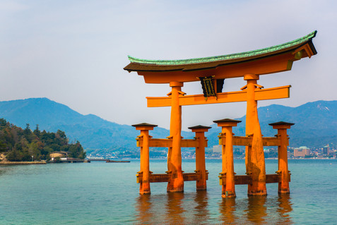 Itsukushima Shrine 厳島神社