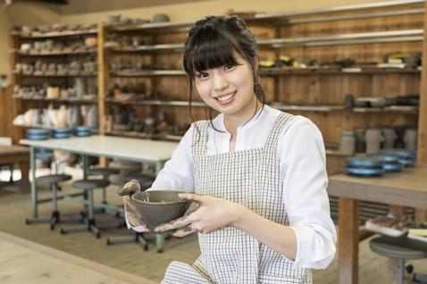 Pottery 陶磁器