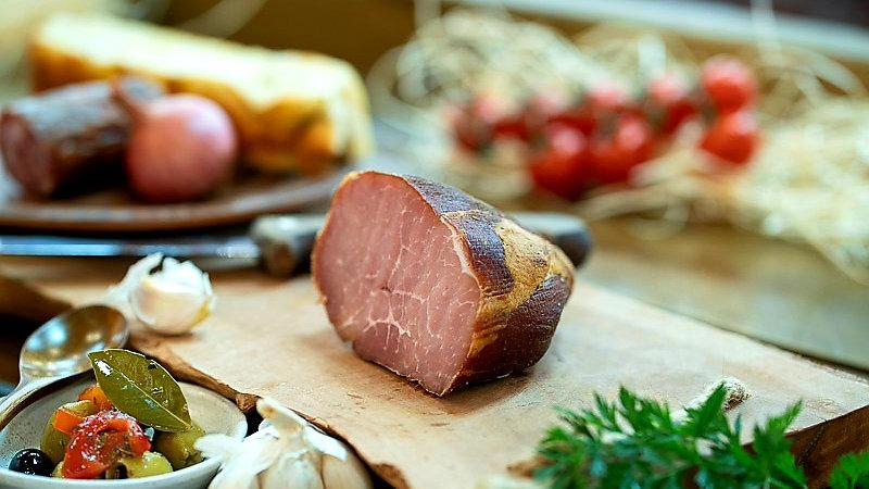 Pork ham extra cold smoked