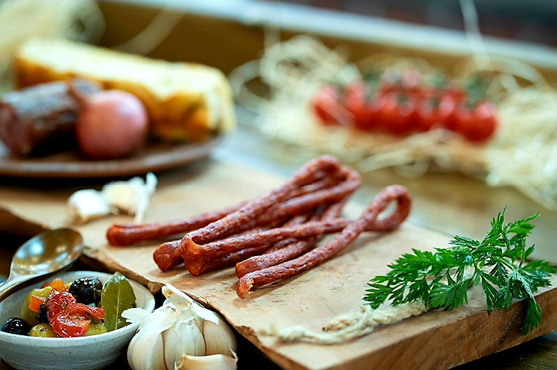 Pork and cheese cabanossi