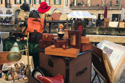 Mercatone dell'Antiquariato アンティーク市