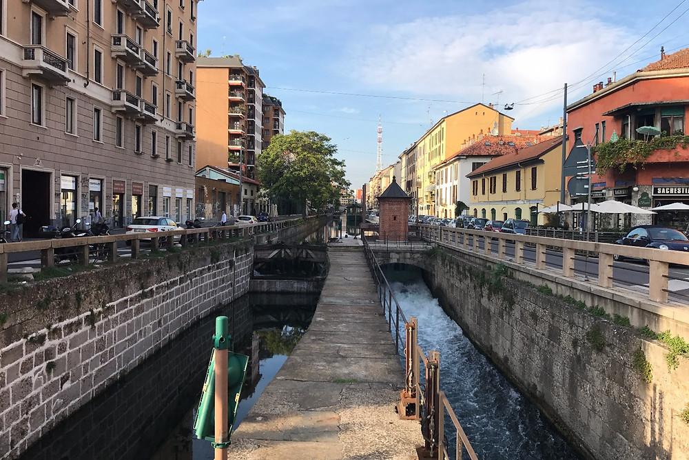ナヴィリオ・パヴェーゼにある水門|Naviglio ナヴィリオ