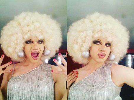 Drag Queens teach the art of Tucking