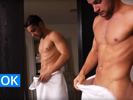 Testicular Self-Exam video with Johnny Rapid