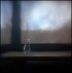 vase+on+table