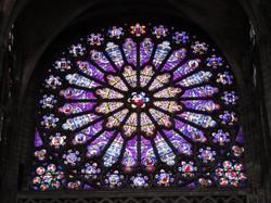 Vitral Basílica de Saint Denis, Paris.
