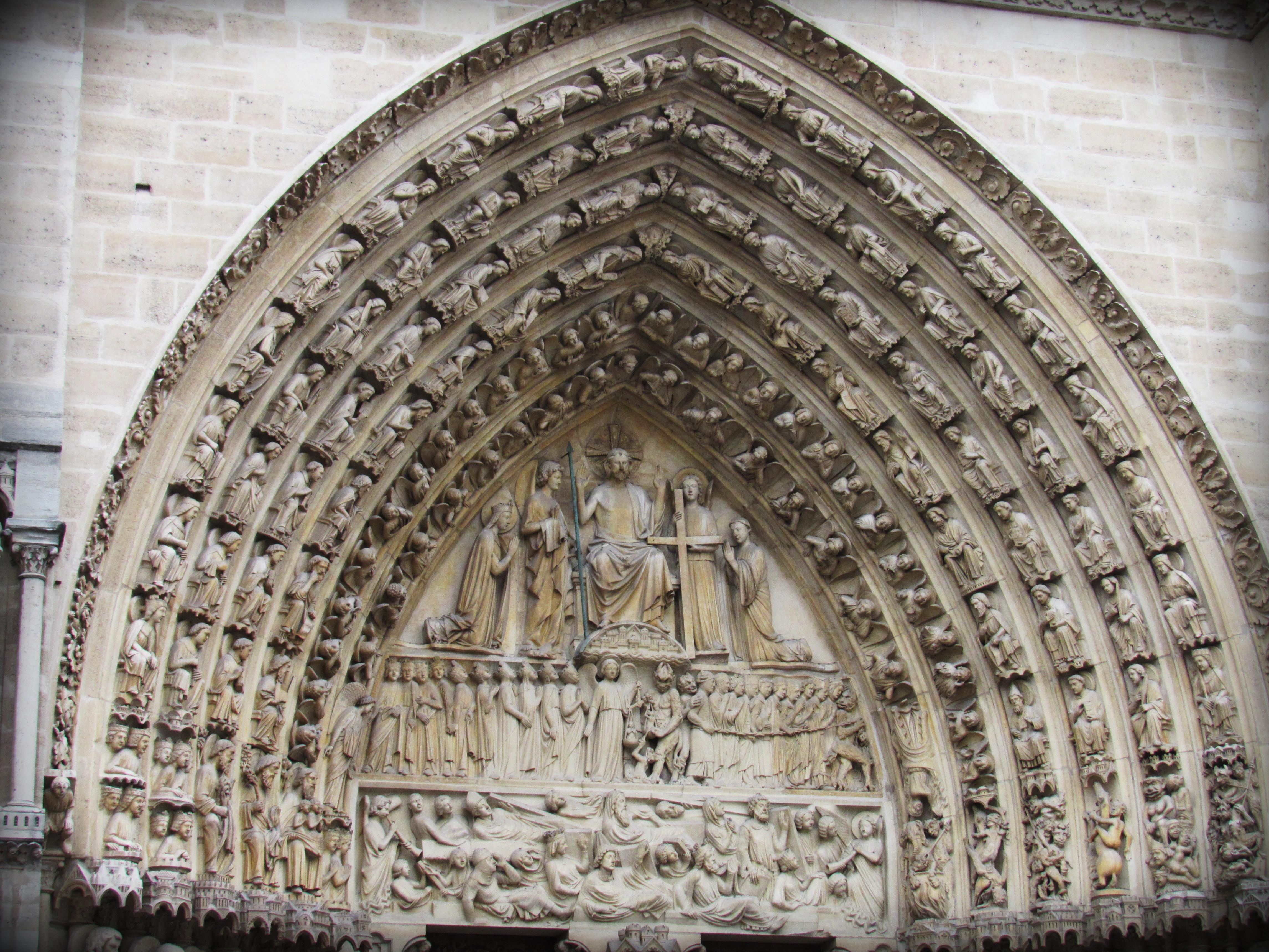 Basílica de Saint Denis, Paris.