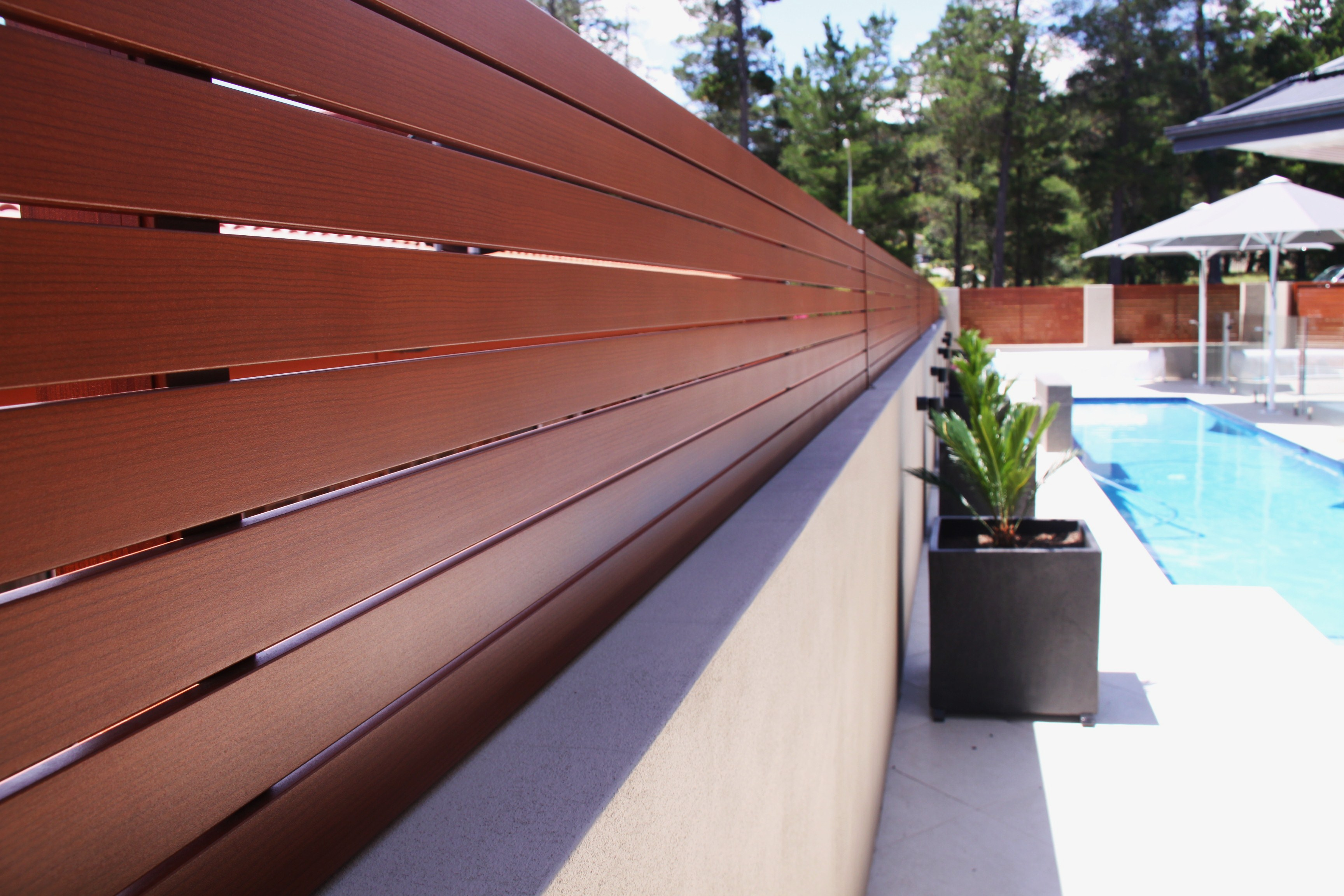 Timber Look Aluminium Slat Fence