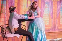 Cinderela e o Príncipe Atrapalhado