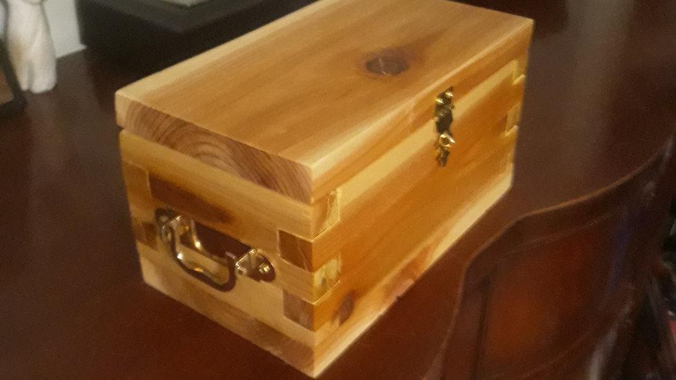 Cedar Keepsake Box