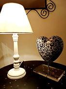 Coeur Dentelle Lampe chevet site.jpg