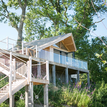 Treehouse by day