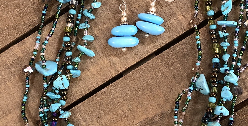 Hand-beaded Turquoise Stones & Glass Necklace with Magnetic Clasp