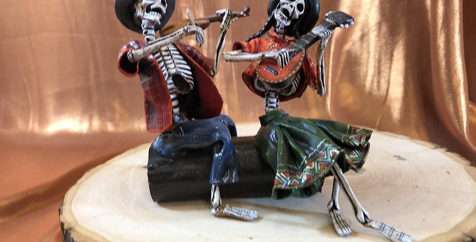 Peruvian Skeleton Musician Couple