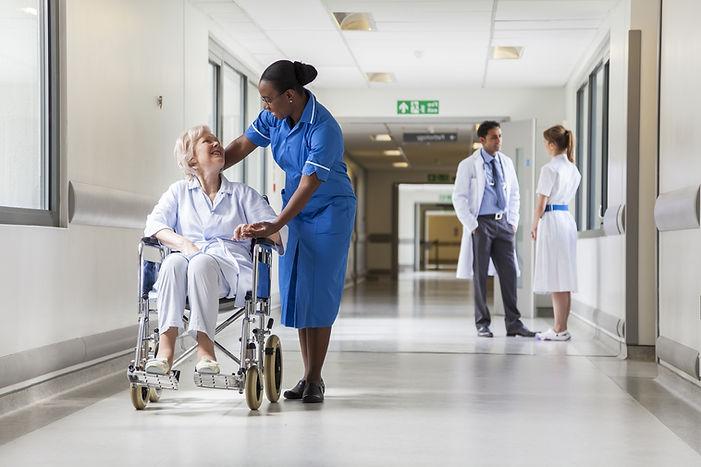 shutterstock_156021353 nurse.jpg