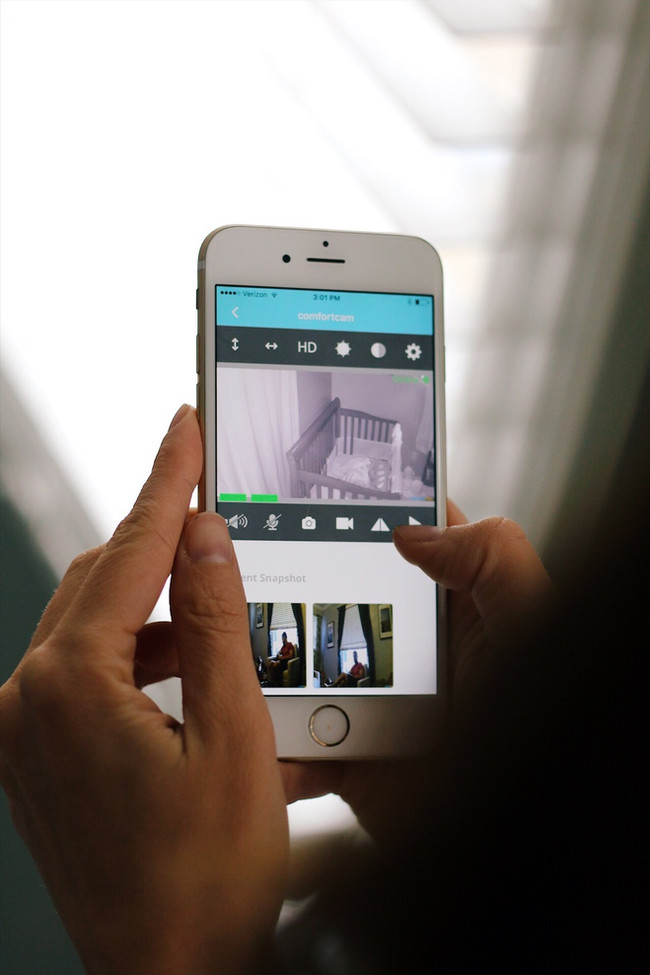 Have Comfort in the ComfortCam Baby Monitor