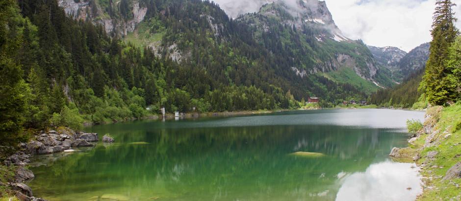 Les pieds sur Terre : Lac de Tanay
