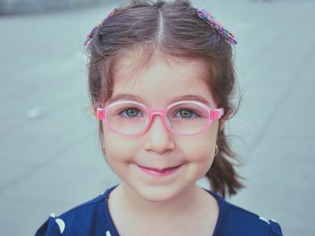 A armação ideal para crianças. Como deve ser?