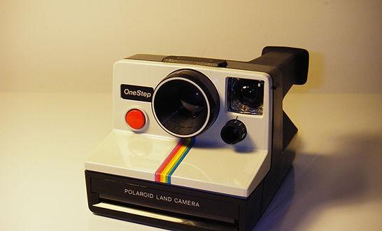 polaroid+camera+vintage.jpg
