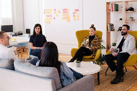 Ryhmätyönohjaus on paikka puhua työyhteisön asioista.