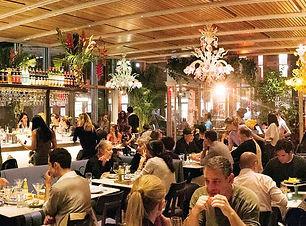 Membuat-Strategi-Pemasaran-Restoran-Menj