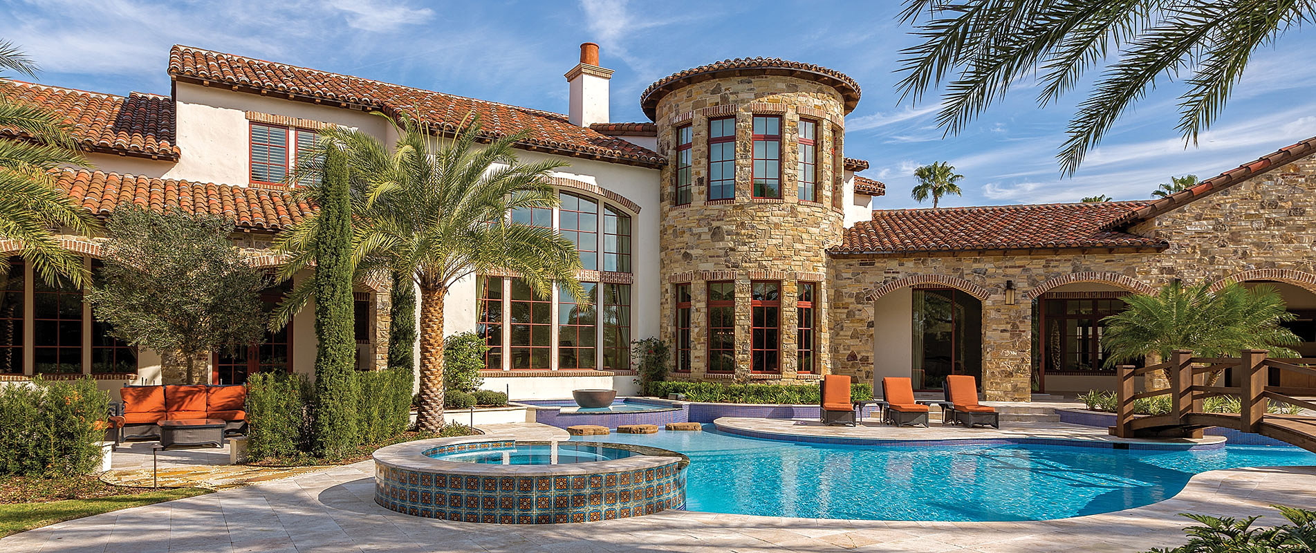 Custom Luxury Pools in Central Florida by Southern Pool Designs