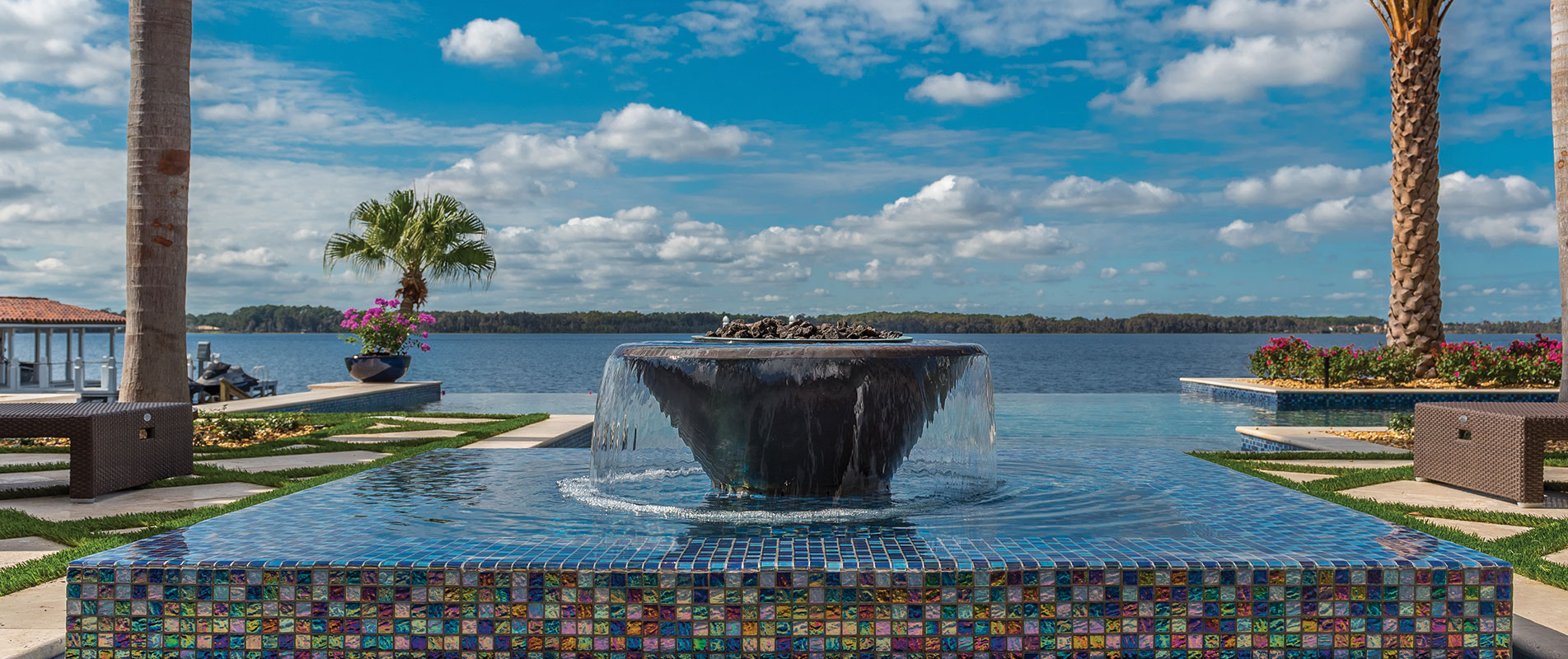 luxury-fountain-with-tile