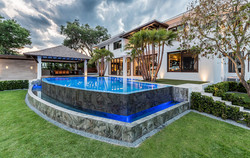 custom-infinity-edge-pool-on-lake4