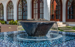 Large-Luxury-Pool-with-Perimeter-Overflow-and-Tile-Interior-4
