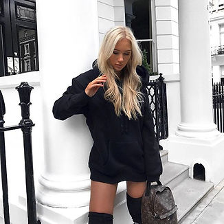 All black everything _nakdfashion ⚔️ (📷