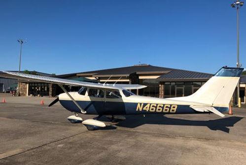 N46668 Cessna 172K.jpg