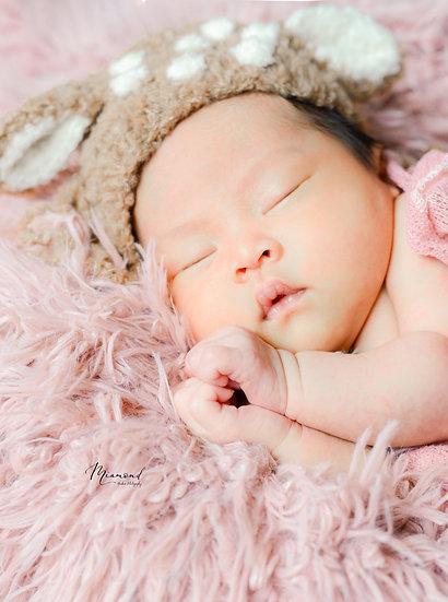 ($4000; 訂金$1000) 2小時專業初生嬰兒上門拍攝套餐