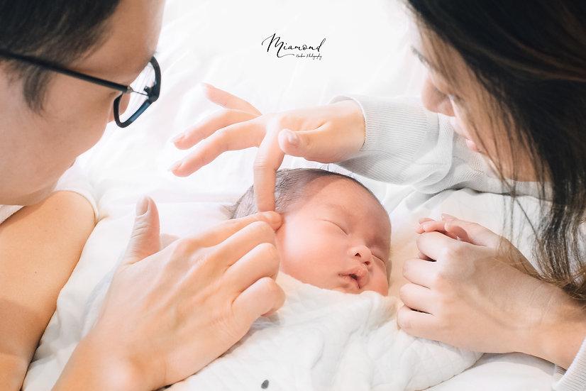 ($5500; 訂金$1000) 3小時專業初生嬰兒上門拍攝套餐